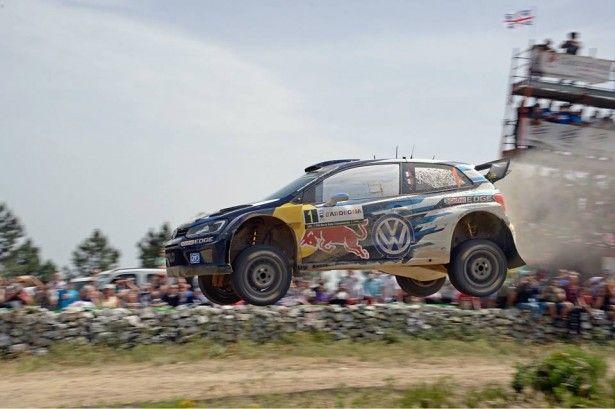 Cars - WRC - Italie : Sébastien Ogier renoue avec le succès en Sardaigne ! - http://lesvoitures.fr/wrc-italie-sebastien-ogier-winner/