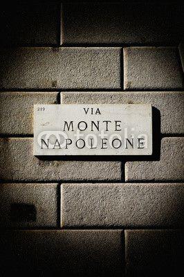 via Monte Napoleone sign