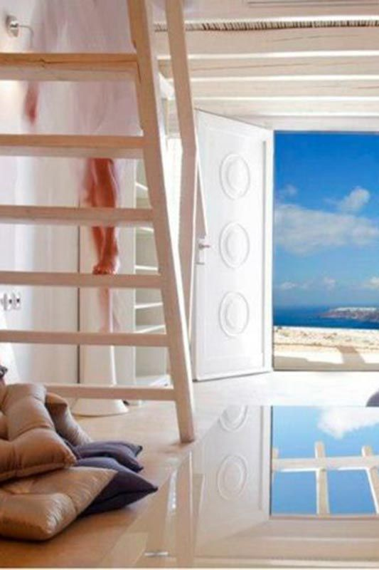 Rocabella Santorini Deluxe Suites & Spa http://www.mediteranique.com/hotels-greece/santorini/rocabella-santorini/
