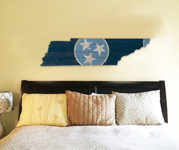 Tennessee Titans State Flag Wooden Sign by 4DegreesCreatives