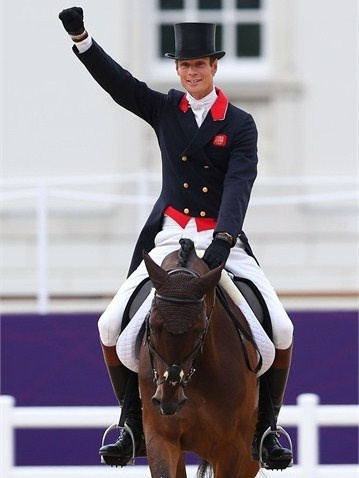 William Fox-Pitt of Great Britain acknowledges the crowd in the Individual Eventing Dressage