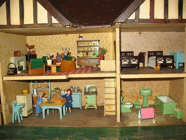 Triang Doll House