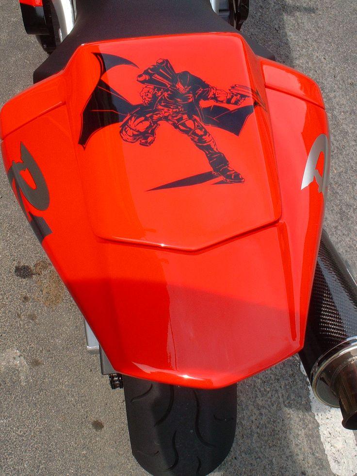 Yamaha R1 Judge Dred / Peintre: Fabrice