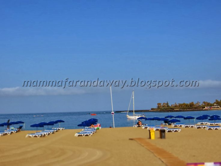 Playa Las Americas, Los Cristianos by bikes with children