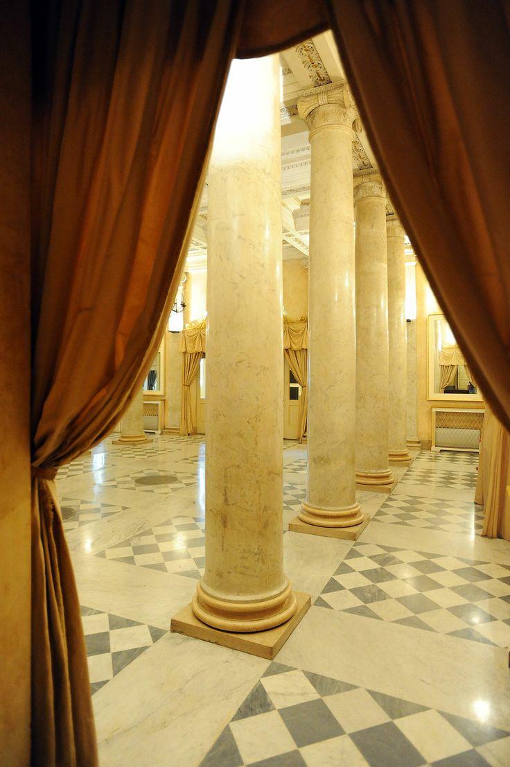 Foyer Arturo Toscanini (Ph. Roberto Ricci)