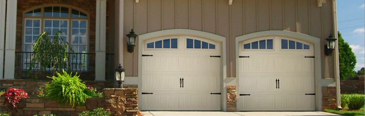 For maintenance or repair service of residential or commercial garage doors in Yukon or Piedmont, Garage Door Systems are the best names to rely on. Their skilled, experienced and uniformed technicians work on all brands of garage doors in Mustang, Oklahoma City, with an emergency service available 24/7.