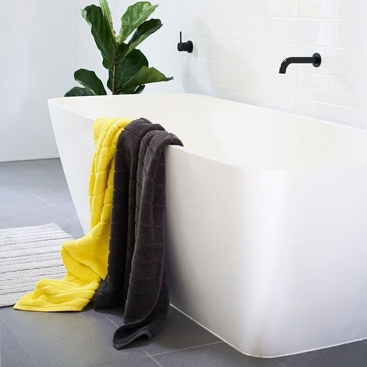 Bubble bubble no towel troubles. Nothing better than a deep bath and a soft towel for chilling out on the weekend. #coopertowels #bold #bathroom #style #homestyle #interiorstyling #retreat #metime