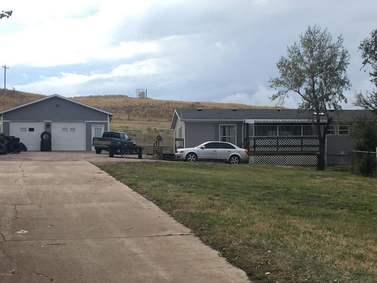 Gillette, WY home for sale! 4404 E Dakota St - 3 bd, 2 ba, 2016 sqft. Call Team Properties Group for your showing 307.685.8177