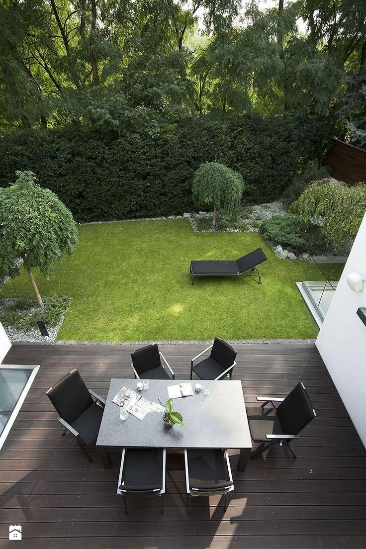 Średni ogród za domem, styl nowoczesny - zdjęcie od sucharski GARDEN INSPIRATION | garden furniture | canopy | modern