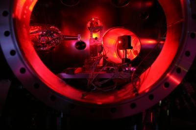 Première production de matière dense par fusion nucléaire laser