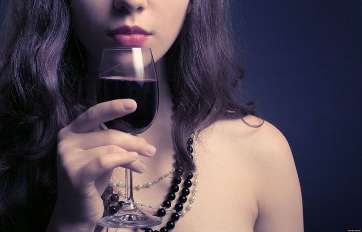 We all like a drink or two but it can take up to 30 days for your skin to recover from a hangover! Would you ditch the drink to save your skin? http://www.defactosalons.com/blog/alcohol-skin-skin-suffering/
