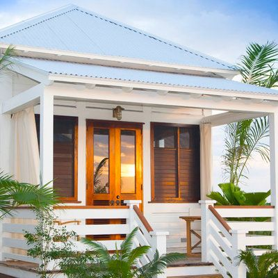 This precious Belize cottage is perfect for a coastal getaway (and it's for sale!):