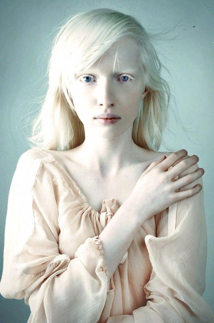 Blowjob albino girl