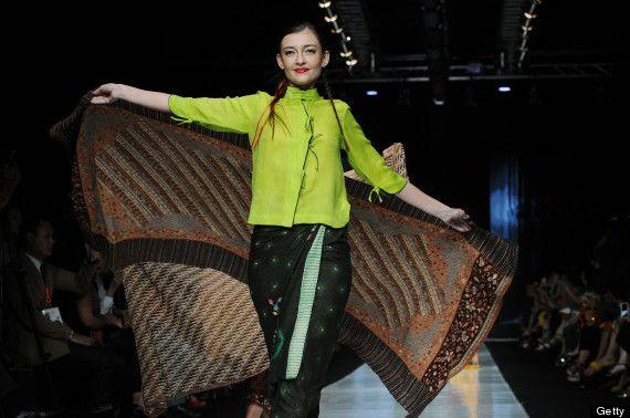 Indonesia fashion week 2014 - Obin design