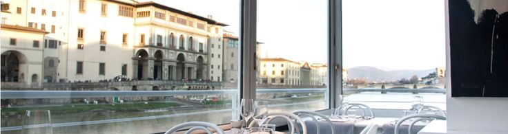 Golden View Restaurant | Stunning views of the Ponte Vecchio, the Vasari Corridor, the Uffizi Gallery, and the Arno River. Diverse menu ranging from meat to fish and from seasonal vegetables to Mediterranean specialties. The pizzeria bakes fresh bread throughout the day. Cocktail bar has fine spirits, fine wines, and original mixes hand crafted by our bartenders. We are focused on staying updated and informed in order to give you the best experience possible.