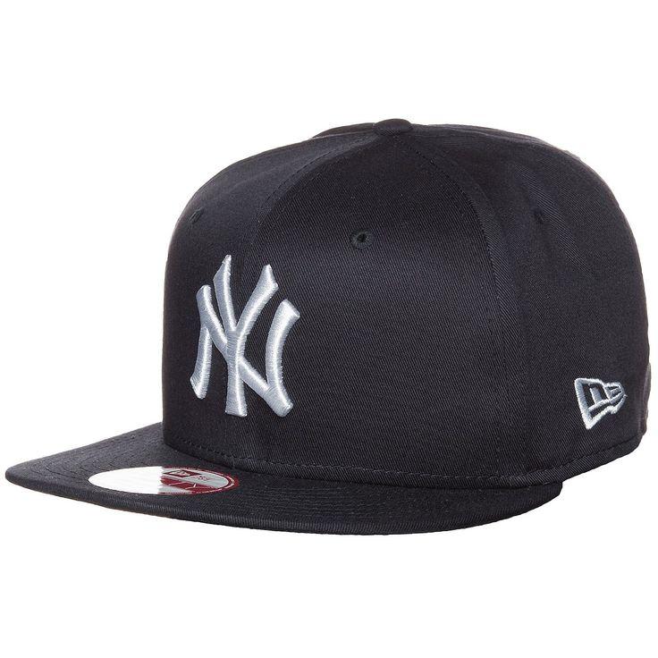 9FIFTY MLB New York Yankees Snapback Cap    Diese Snapback aus dem Hause New Era vereint Style und Fanzugehörigkeit in einem und rundet dein Outfit perfekt ab.     Ein aufgesticktes Teamlogo vorne bringt deine Zugehörigkeit zu den New York Yankees zum Ausdruck. Die Cap lässt sich durch einen Clipverschluss problemlos je nach Kopfform ideal einstellen.    Geschlecht: Herren, Damen  Material: 100...
