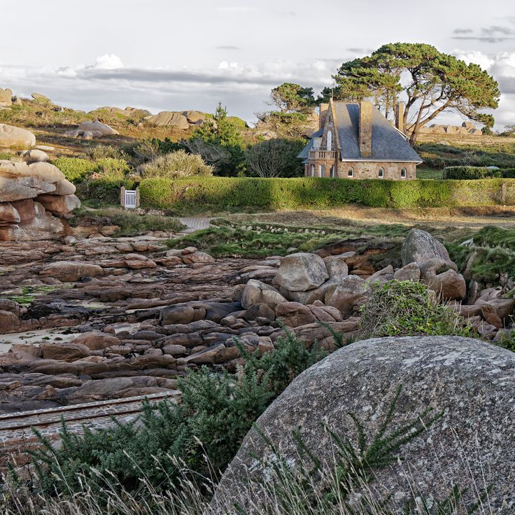 Haus in Traumlage / Bretagne Cote de granite rose ; Architekturfoto von Mark Wohlrab – architektur-photos mark wohlrab