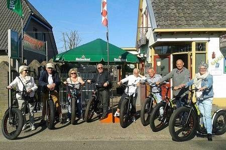 Vind hier een compleet overzicht met uitjes op wielen in Nederland. Leuk als bedrijfsuitje of vrijgezellenfeest. Gaan we buggy rijden of met de kever cabrio op pad?