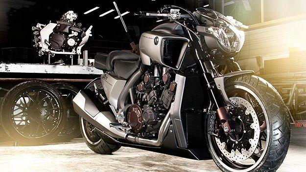 YAMAHA V-MAX HYPER MODIFIED motorcycle