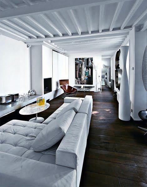 A Paris, rénovation parfaite d'un appartement dans le quartier du Marais.