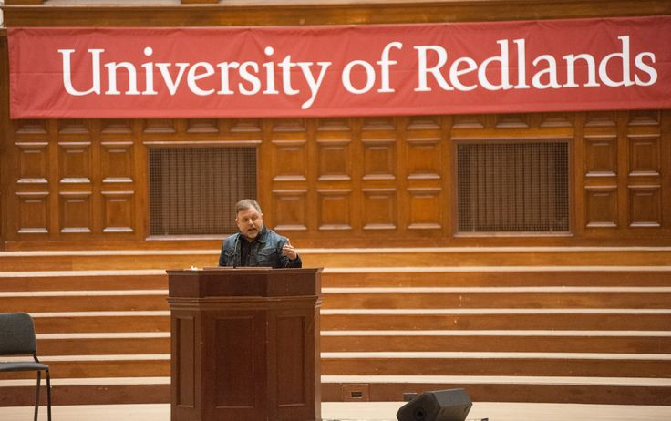Anti-racism author and educator Tim Wise shatters myths about race and class inequity in America at the University of Redlands on Nov. 2, 2016.