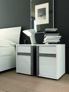 Vig Furniture SMA Slim Modern Nightstand