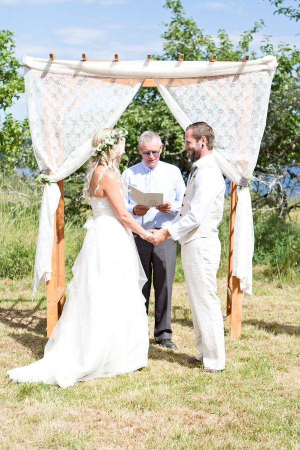 Apple orchard bohemian wedding by shannon may apple for Garden pool wedding
