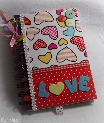 Karoles: cadernos. Altered notebook.  Notebook. Cuaderno decorado. Libro alterado. Book.