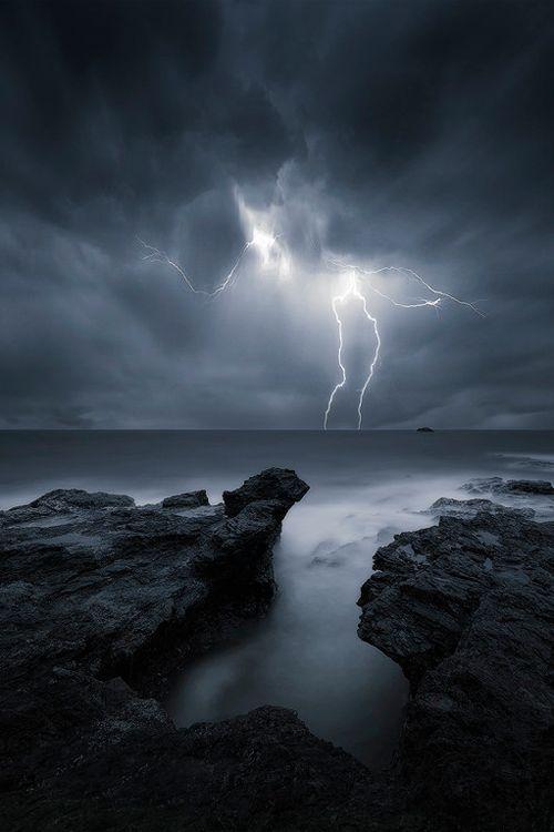 Lightning   By Aaron Pryor