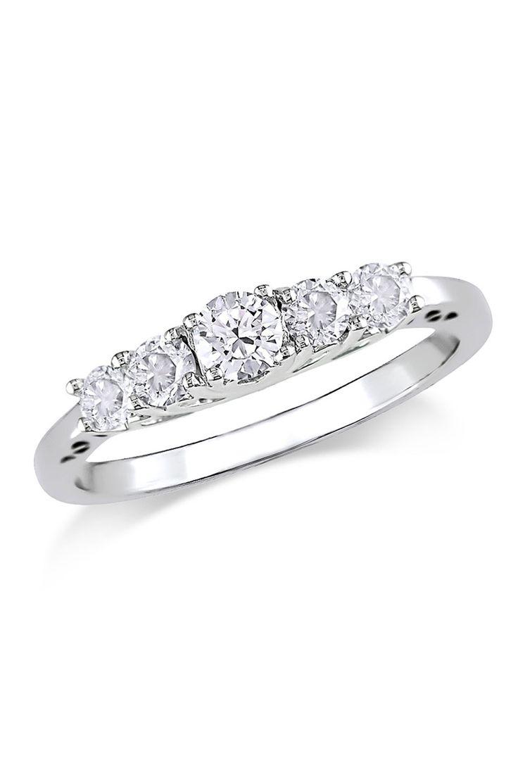 05 Ct Diamond Anniversary Ring In 10k White Gold