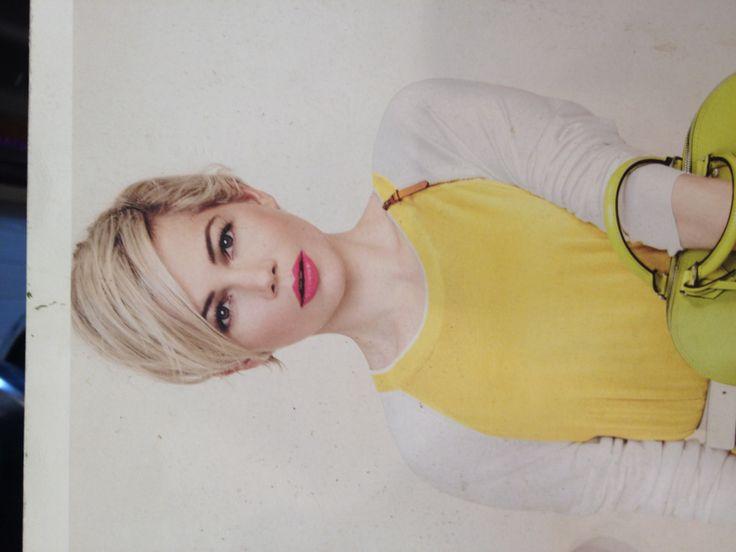 Blonde Michelle Williams