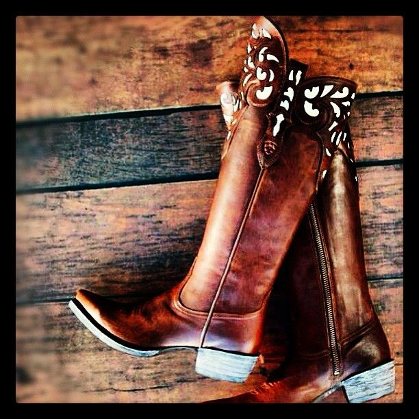 Ariat. Love these!