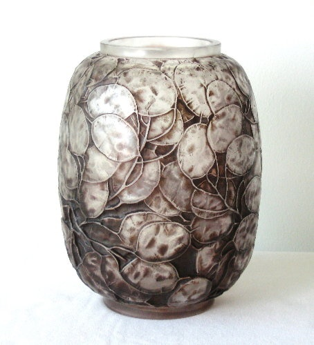 """Look like Silver Dollars. We had one in our yard growing up. Love this! """"Rene Lalique Monnaie du Pape vase, ca. 1914"""""""