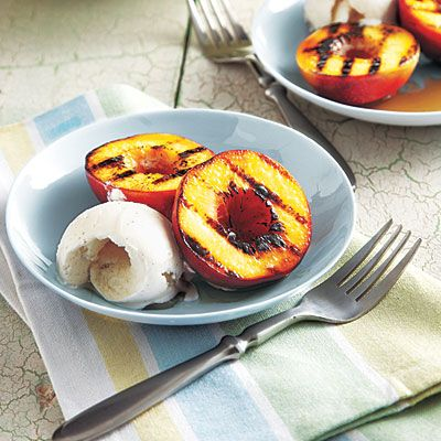 Grilled Honey-Glazed Nectarines