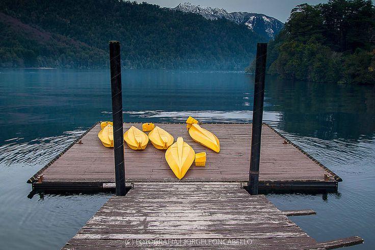 Kayaks -  - Reserva Biológica Huilo Huilo (Puerto Fuy - Chile)