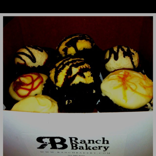 Ranch Bakery's Ranchhand Cupcakes in Manley Flavors! Irish Carbomb, Three Sheets, Lynchburgh Lemonade, Mexican Heat & Hummingbird.....YUM!  www.ranchbakery.com