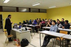 BİF (Belçika İslam Federasyonu) Üniversiteliler birimi 28 Mart 2013 tarihinde UCL-Mons fakültesinde seminer gerçekleştirdi. « Tarihi süreçte Türkiye'nin çağdaşlaşma serüveni » başlığı altındakı seminer, BİF sekreteri, aynı zamanda İbn-i Sina İslami İlimler Enstitüsü hocalığından BİF Gent camii imamhatipliğine atanan Abdülaziz…