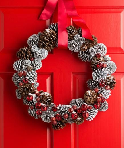 40 Christmas Craft Ideas To Try This Year: Pinecone Crafts And Decorations You'll Want To Try