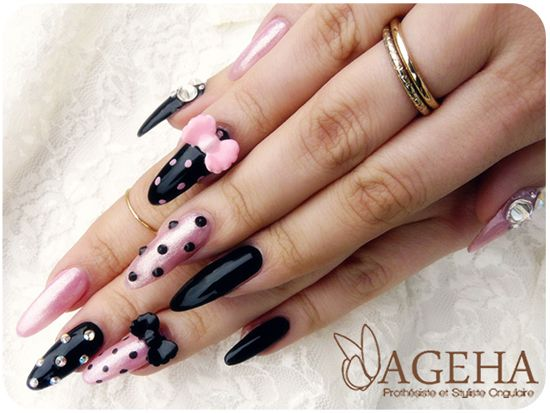 Pink Barbie nailart <3