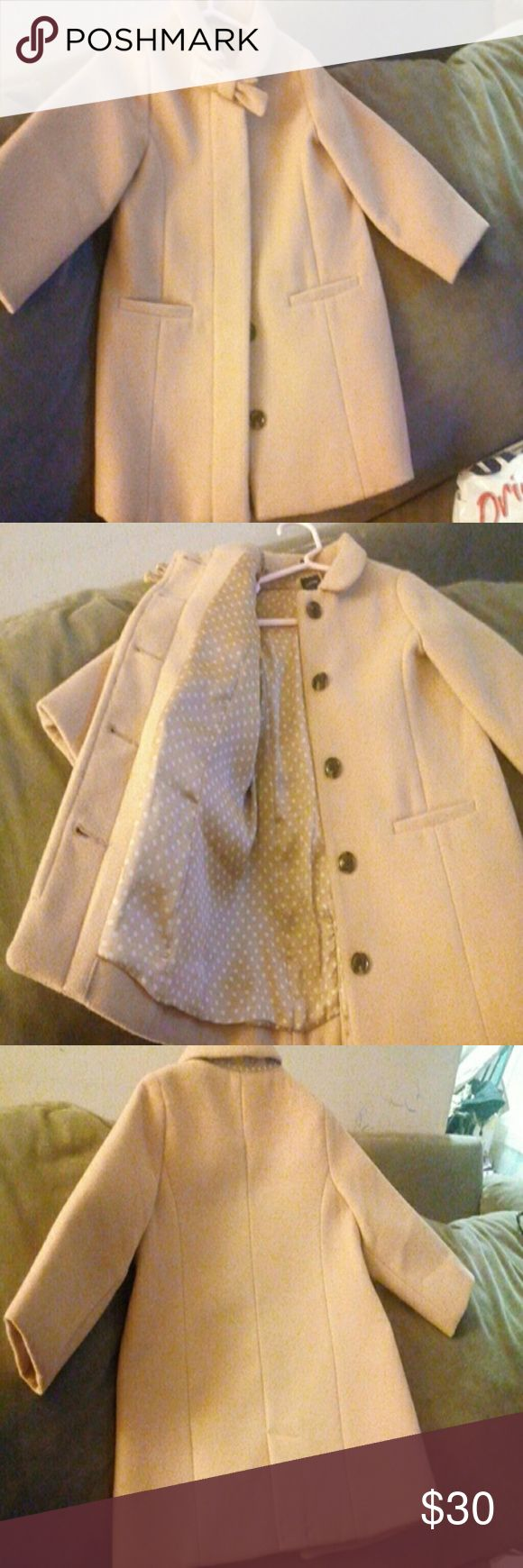New Baby Gap dress coat 18-24 mos Camel color Gorgeous coat, never worn, satin polka dot camel/cream lining. A show stopper! Baby Gap Jackets & Coats Pea Coats