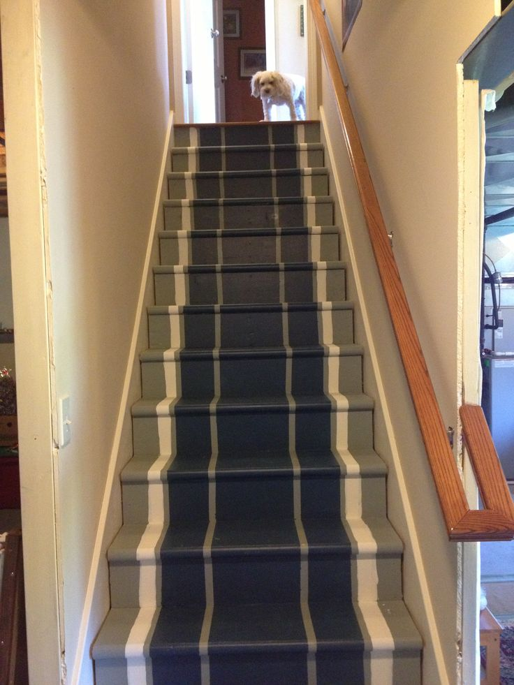 Lighting Basement Washroom Stairs: Painted Basement Stair Runner.