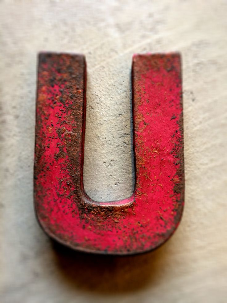 Paper letter. The rusty look made using Chalk Paint. #Chalkpaint #Rusty #Letter