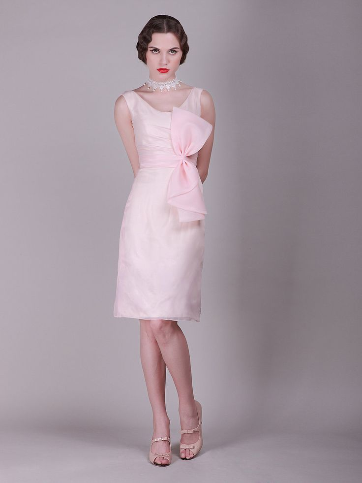 Oversized Bow Knee Length Vintage Bridesmaid Dress