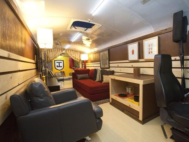 HGTV Star contestant Jeribai Tascoe transformed his empty school bus into a training room/cozy lounge. (http://www.hgtv.com/hgtv-star/hgtv-star-season-8-photo-highlights-from-episode-6/pictures/page-17.html?soc=Pinterest)