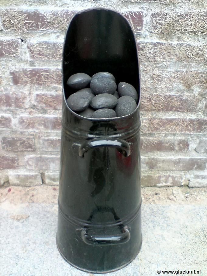 Wow, when we were really wee. Coal from the coal shed at the back of garden in one if these