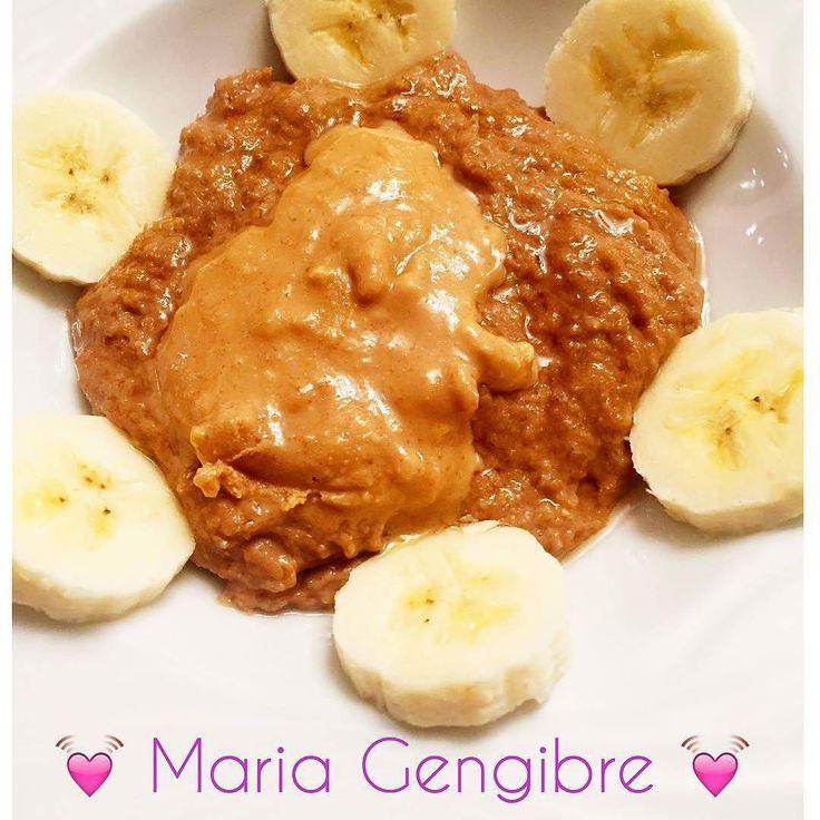 Papas de Aveia de Capuccino com banana é uma colher de manteiga de amendoim da @mws.pt Pequeno almoço Top para começar a semana e regressar à vida real depois das festas e de alguns disparates!   #MyWheyStore www.mws.pt  #oats #aveia #banana #pequenoalmoço #saudavel #vidasaudavel #healthylife #healthy #healthyfood #healthyeating #healthychoices #breakfast #healthybreakfast #fitfood #fitgirl #instafit #semdesculpas #semdesistir #desistirjamais #nuncadesistir #foco #foconoobjetivo #borasecar…