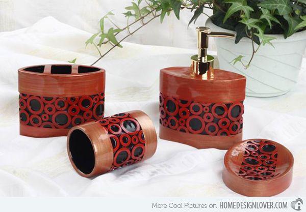 Modern set bath accessory sets http://www.jambic.com/7-eye-catching-bath-accessory-sets/