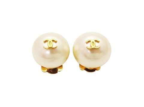 Authentic vintage Chanel earrings CC logo white pearl small earrings by Chanel | Vintage Five