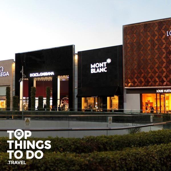 Shopping - Santiago - Santiago se ha transformado en un lugar perfecto para realizar compras, con su grandes centros comerciales, gran variedad y buenos precios.