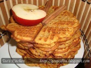 Waffe cu mere si scortisoara - Retete culinare by Teo's Kitchen
